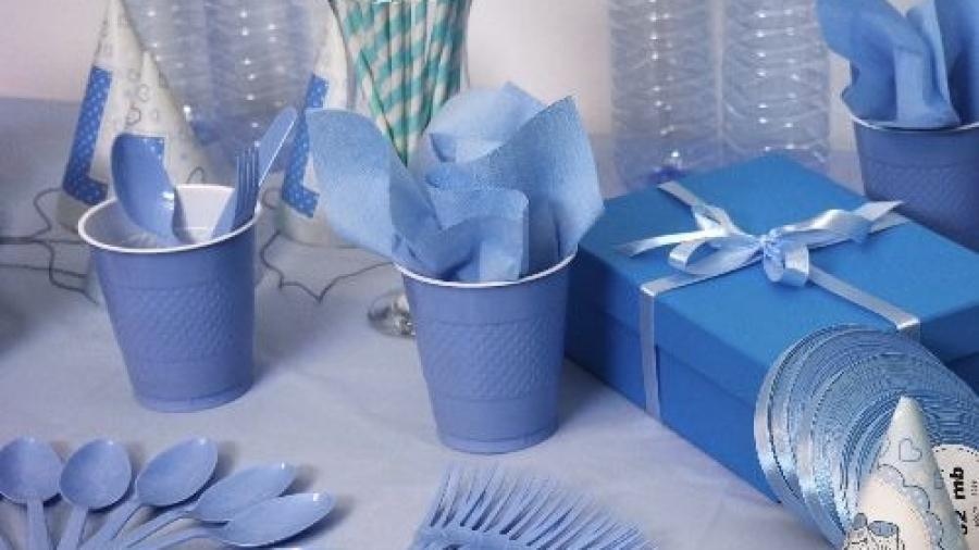 birthday-blue-bottle-125545 reszied